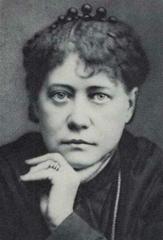 Madame Blavatsky, escritora y ocultista