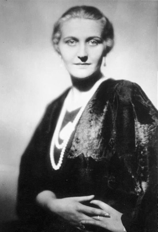"""Magda Goebbels, la """"madre perfecta"""" del Tercer Reich"""