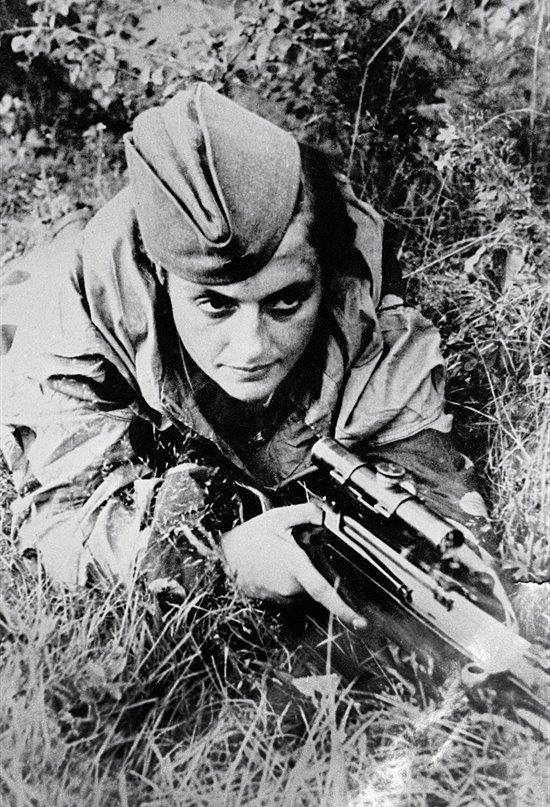 Liudmila Pavlishenko, la francotiradora más letal de la historia