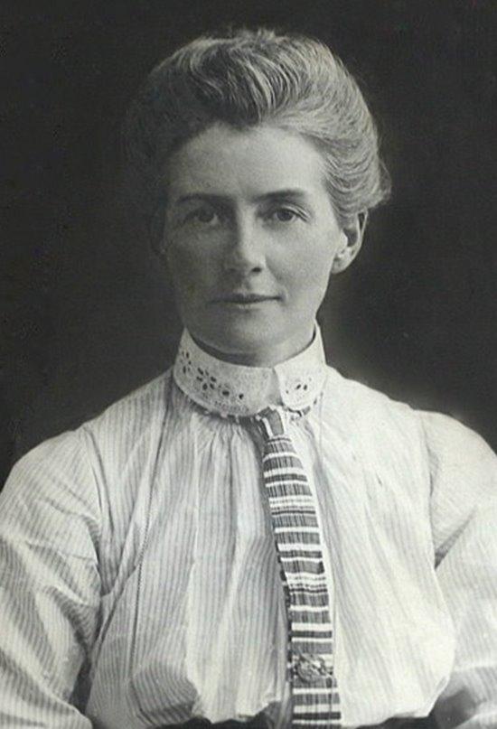 Edith Cavell, la enfermera ajusticiada por salvar vidas enemigas